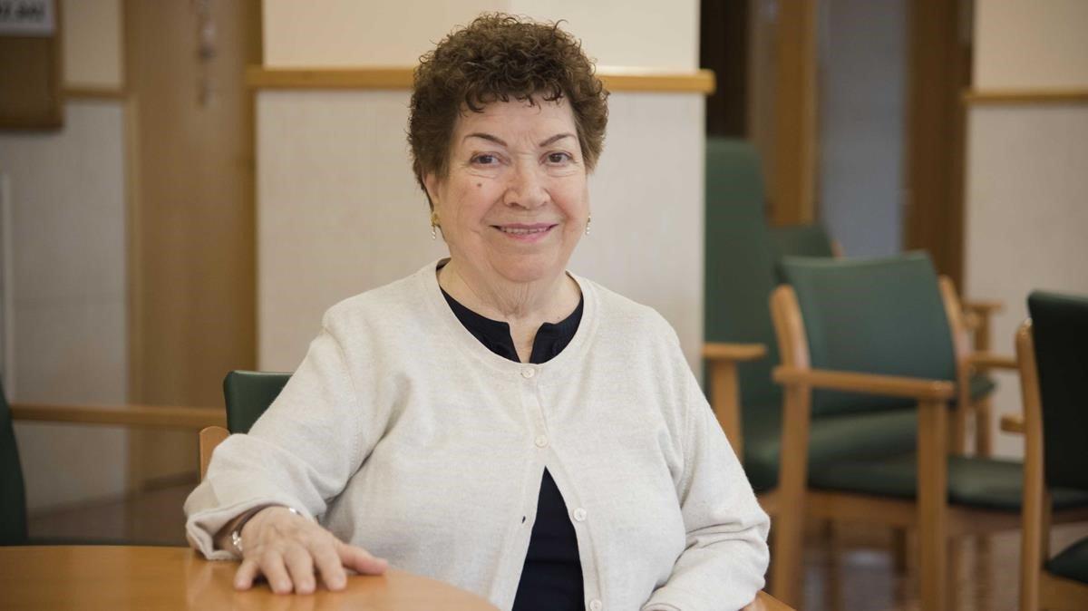 Roser Riera, lectora de EL PERIÓDICO y estudiante de Humanidades a sus 83 años.