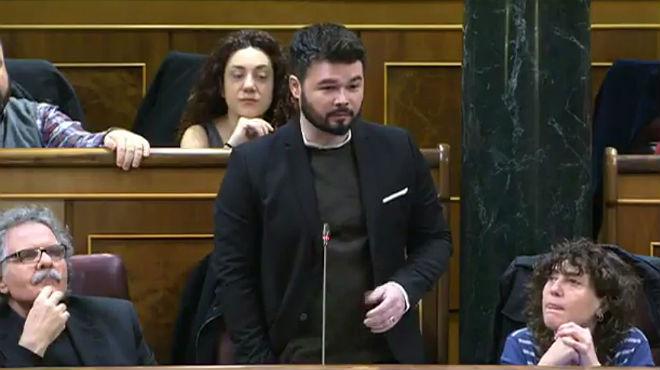 Rufián pregunta a Rajoy sobre la judialización del proceso soberanista.