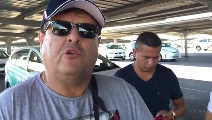Óscar, taxista colombiano, está convencido de que esta no será la última huelga del sector del taxi.