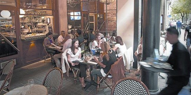 La terraza interior de Café Emma.