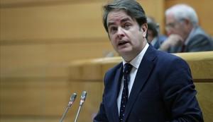 Roberto Bermúdez de Castro informa en el Senado del primer mes de aplicación del 155, el pasado 4 de diciembre.