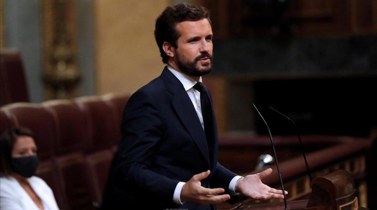 El líder del PP, Pablo Casado, en la tribuna del Congreso, en julio.