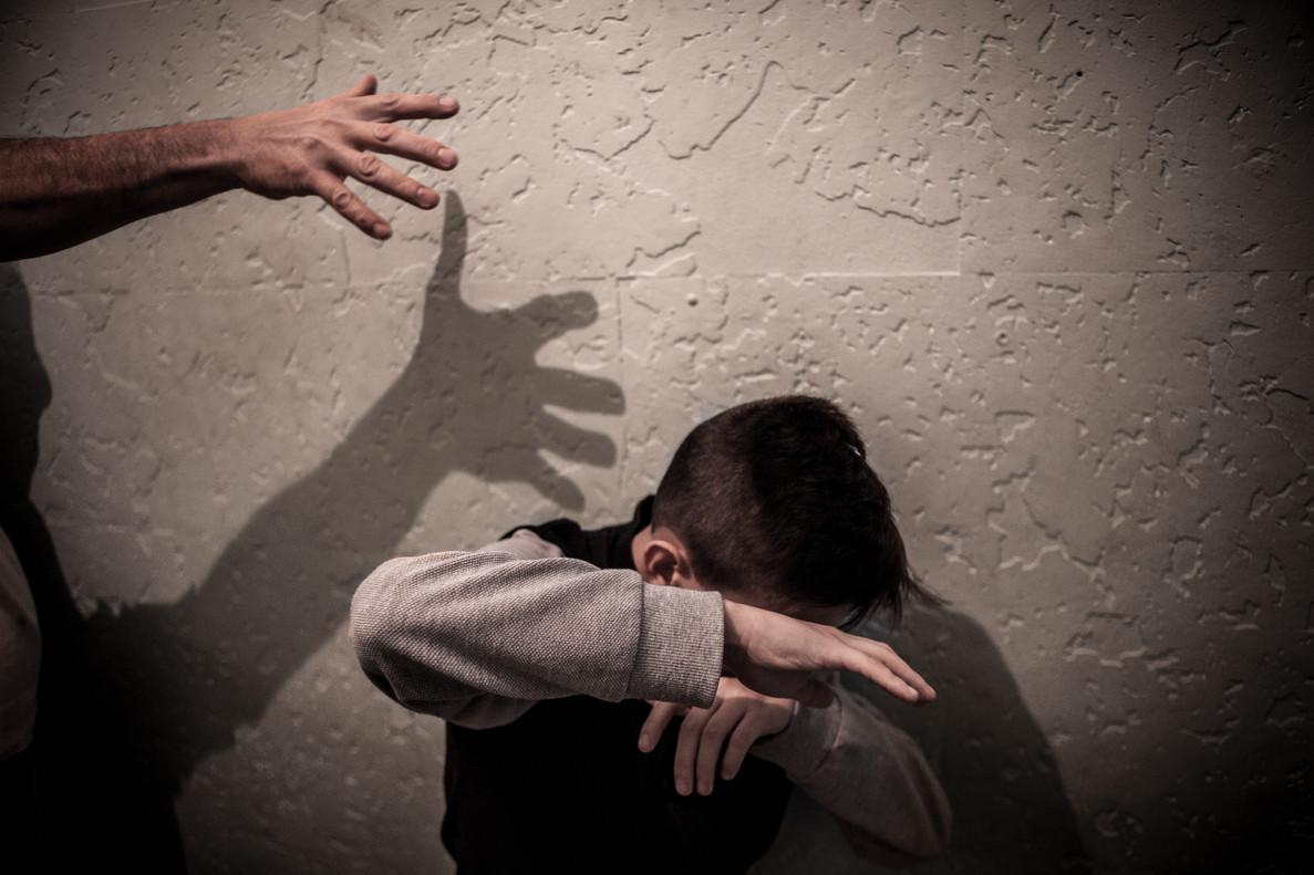 Recreación de una escena de violencia en la infancia.