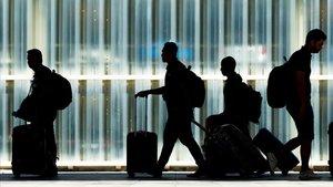 Colau aposta ara pel creixement de l'aeroport, sobretot per a vols de llarga distància