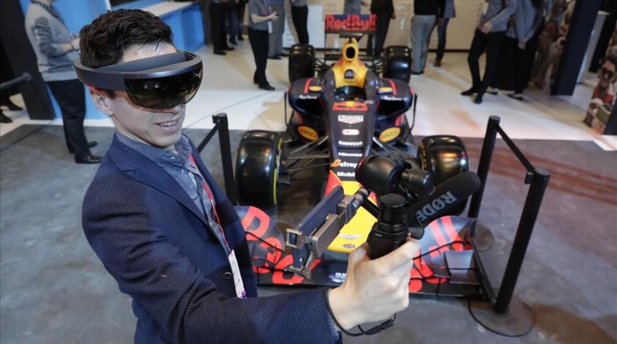 Mobile Demostración con gafas de realidad virtual en el MWC.