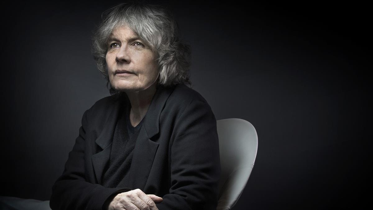 La escritora francesa de novela policiaca Fred Vargas.