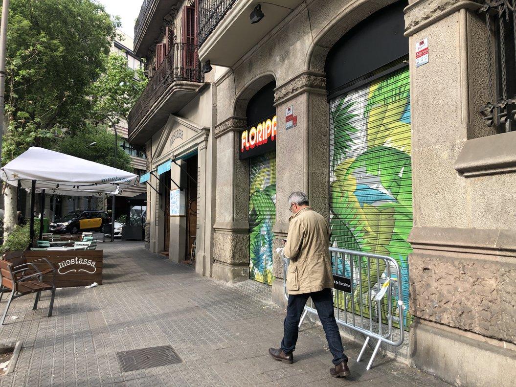 Els Mossos investiguen la mort de l'amo d'un bar de Barcelona