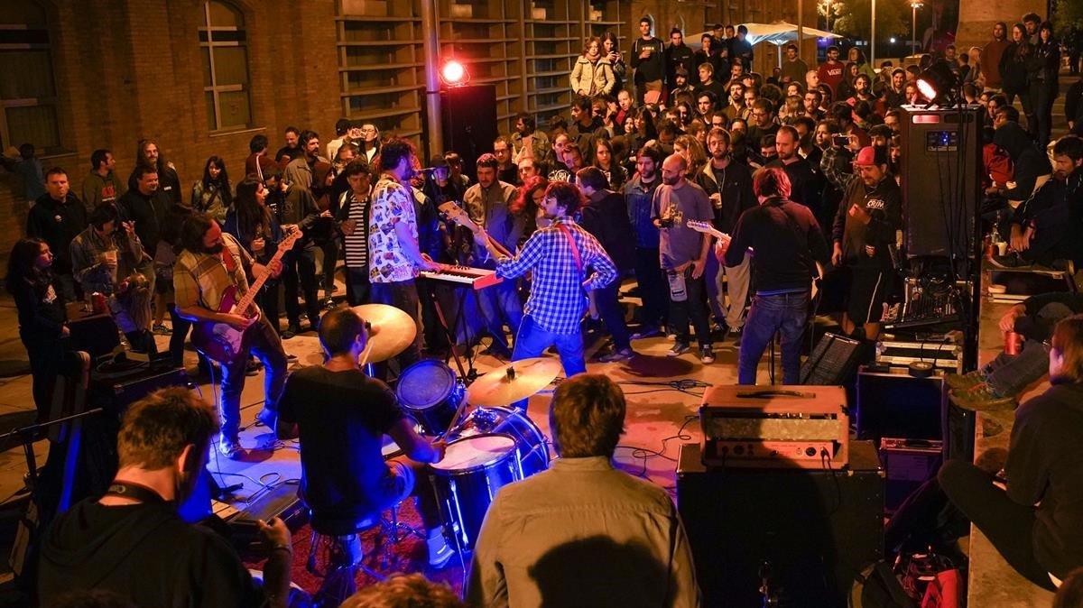 Actuación de Zeidun en el Sugar Il.legal Fest, en Vic.