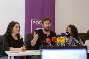 El líder de Podem, Albano Dante Fachin, durante la rueda de prensa que ha ofrecido este jueves.
