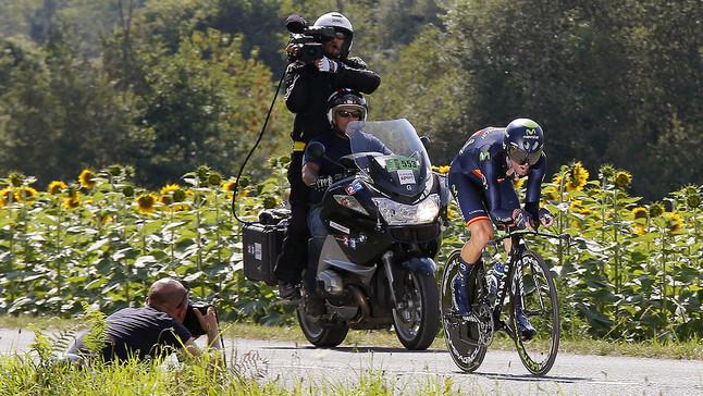 Alejandro Valverde, entre Bergerac i Périgueux, durant la contrarellotge de la 20a etapa del Tour.
