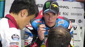 Àlex Márquez, con su equipo en Brno, este domingo.