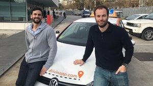 Álvaro Muhlethaler (izquierda) y Sergi Espada, fundadores de la start-up Drivin.