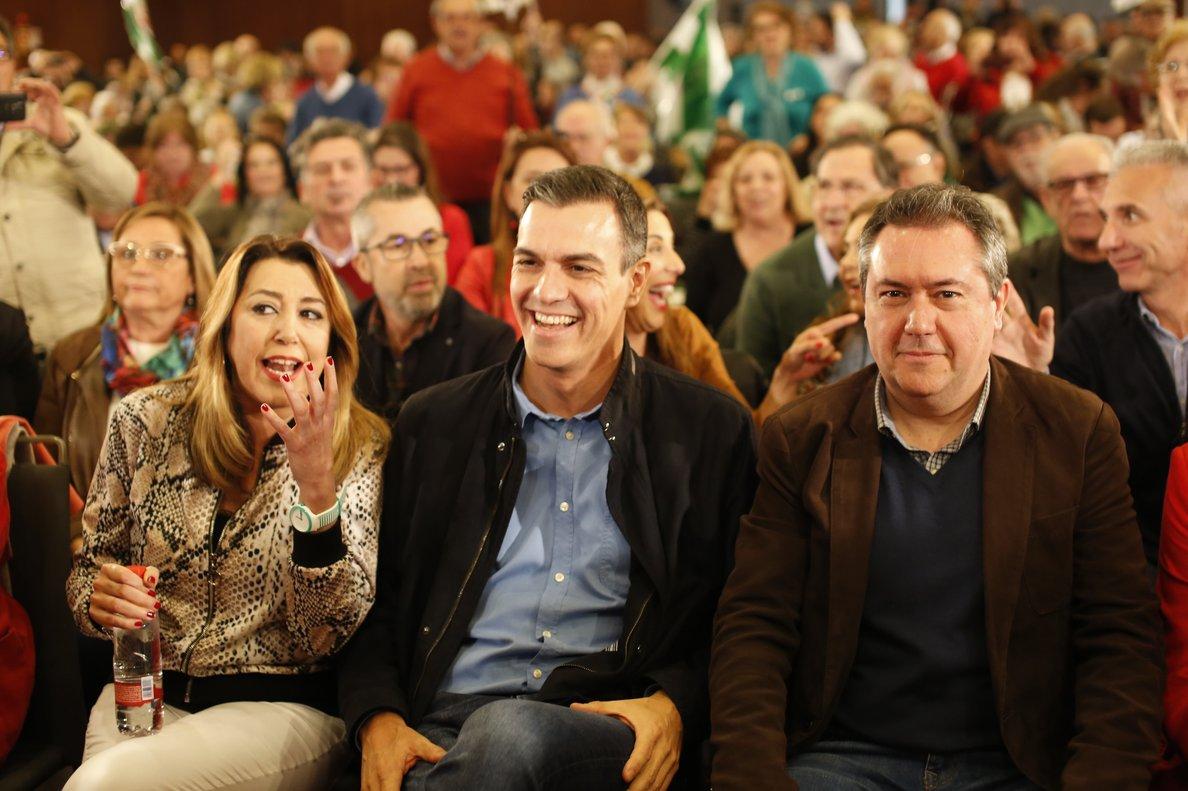 SEVILLA. 16 de FEBRERO DEL 2019. Presentación de la candidatura del socialista Juan Espadas a la reelección como alcalde de Sevilla. En la foto, con Susana Díaz y Pedro Sánchez. FOTO DE EUROPA PRESS