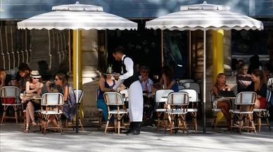 Los bistros parisinos, en peligro