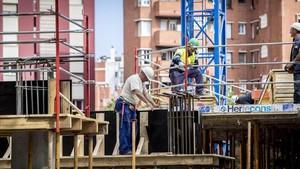 Pisos en construcción en Barcelona.