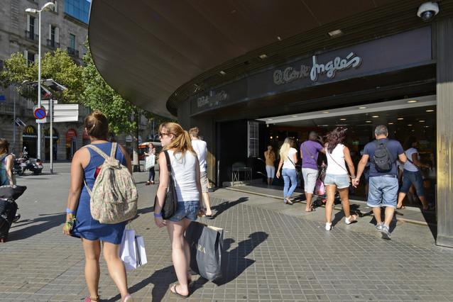 ab5b2b7356c0 El Corte Inglés estrena la compra online con entrega en 2 horas