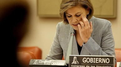 Cospedal aumentará el presupuesto de Defensa con el aval de PSOE y Ciudadanos