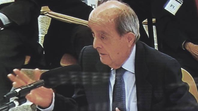 Manuel Carrillo admite pagos a Bartomeu Muñoz.