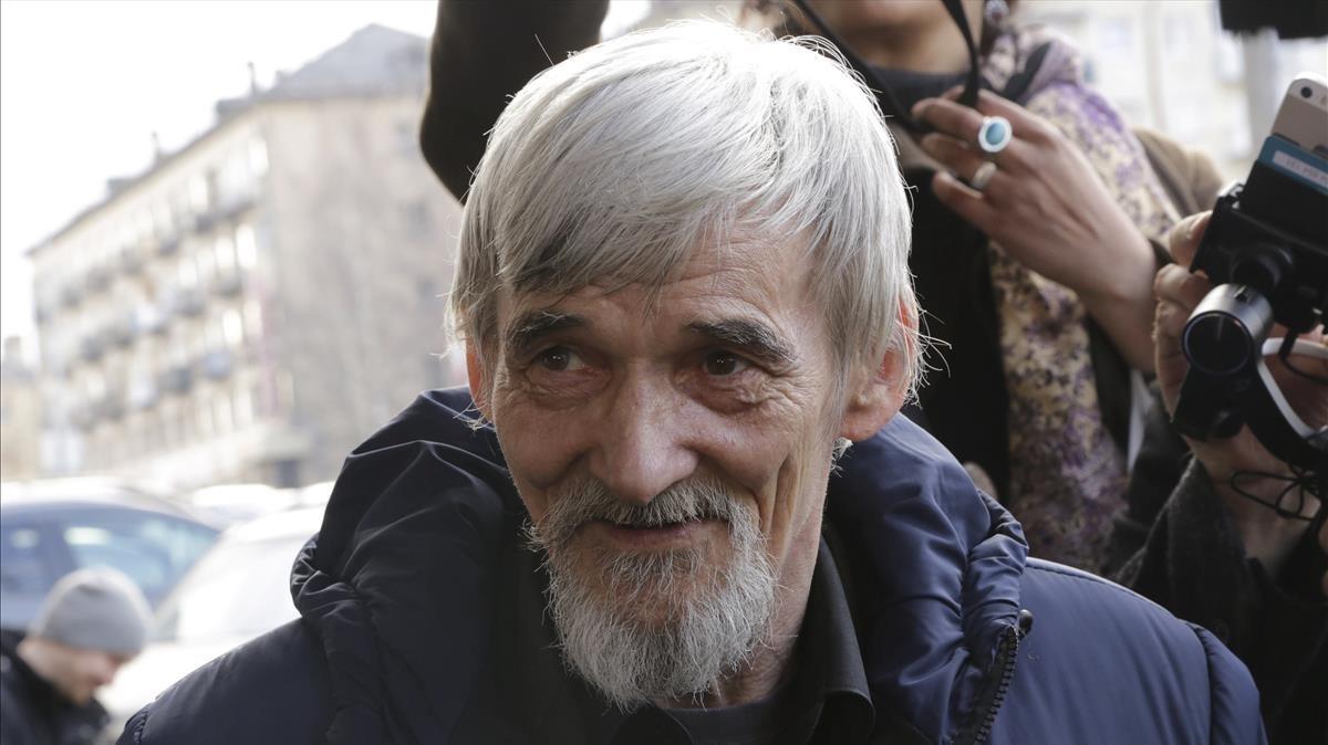 Yuri Dmitriev.