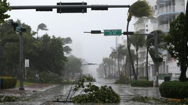 'Irma' desata un infierno de agua y viento en Florida