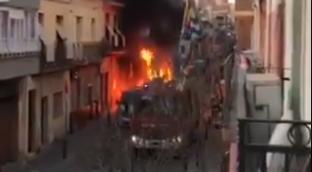 Incendio de contenedores en Badalona.