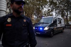 Dos detenidos en Tarragona por mensajes de odio contra la Policia y la Guardia Civil el 1-O.