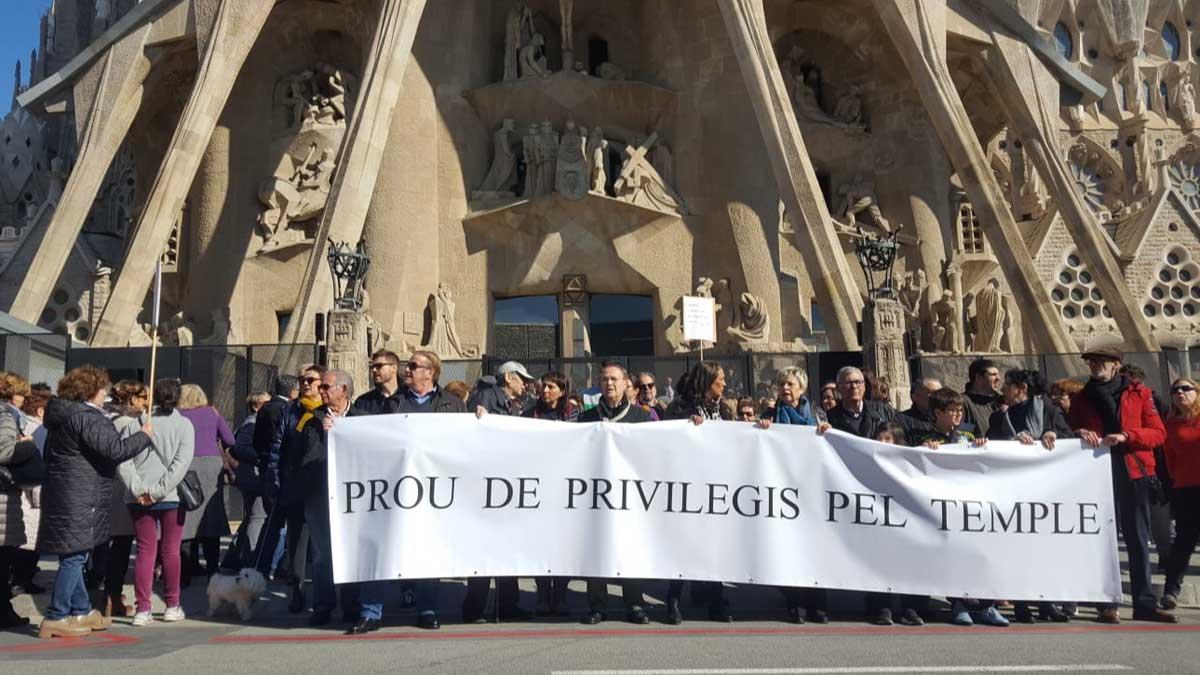 Manifestación de vecinos del barrio de la Sagrada Familia.