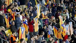 La UEFA sanciona el Barça amb 150.000 euros per les estelades