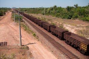 El mercancías que une las minas de Carajás hasta el Atlántico.