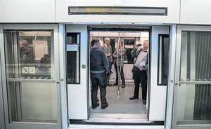 Imagen de archivo del metro de pruebas de la L-9 en la estación de laT-1 del aeropuerto.