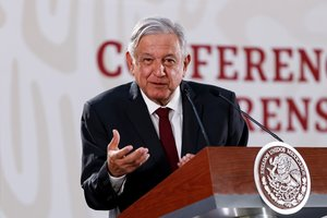 El presidente de MexicoAndres Manuel Lopez Obradoren una rueda de prensa en el Palacio Nacional.