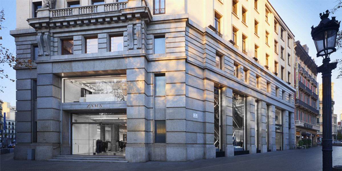 Zara abre una macrotienda en la plaza de Catalunya ab7771f4a85