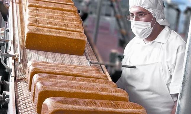 Planta de producción de pan de molde del Grupo Bimbo en Ciudad de México.