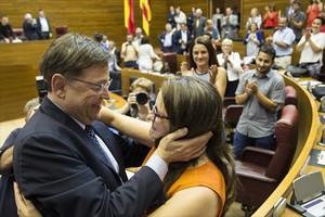 El presidente en funciones valenciano, Alberto Fabra, y el candidato socialista, Ximo Puig.