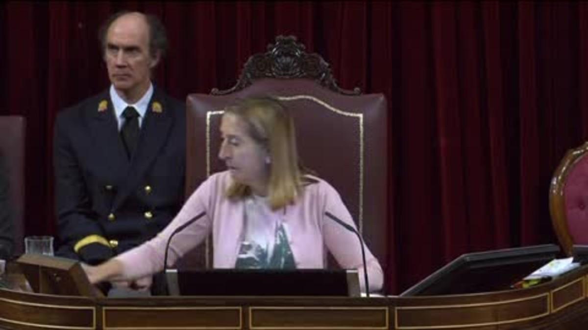El PSOE tumba en el Congreso la declaración de apoyo a Rajoy por el 1-O, propuesta por Ciudadanos.