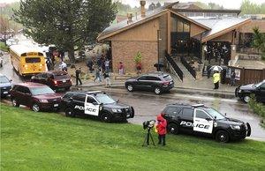 Almenys un mort i set ferits en un tiroteig en una escola de Denver