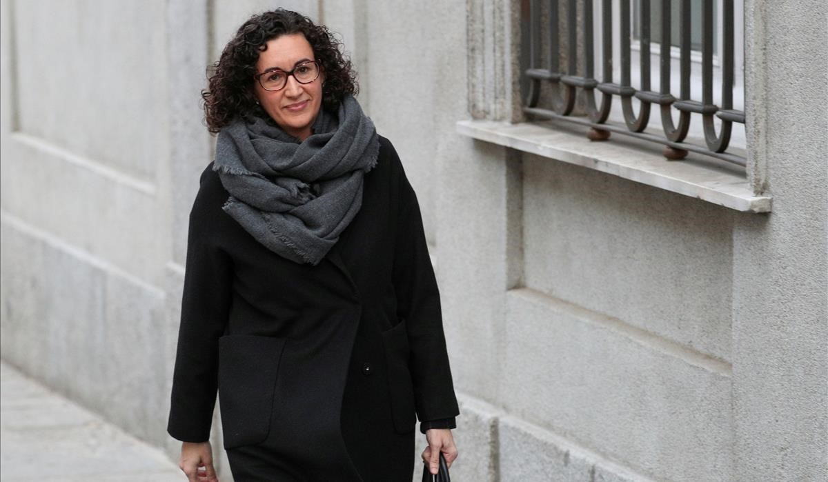 La secretaria general de Esquerra Republicana, Marta Rovira, camino de la sede del Tribunal Supremo en Madrid el pasado 19 de febrero.