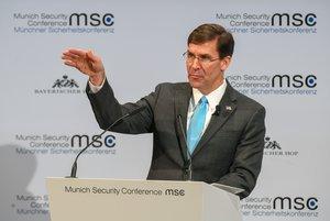 El secretario de Defensa de EEUU, Mark Esper, durante su intervención en la conferencia de seguridad de Múnich, este sábado.