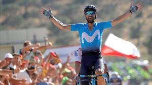 Alejandro Valverde triunfa en la segunda etapa de la Vuelta.