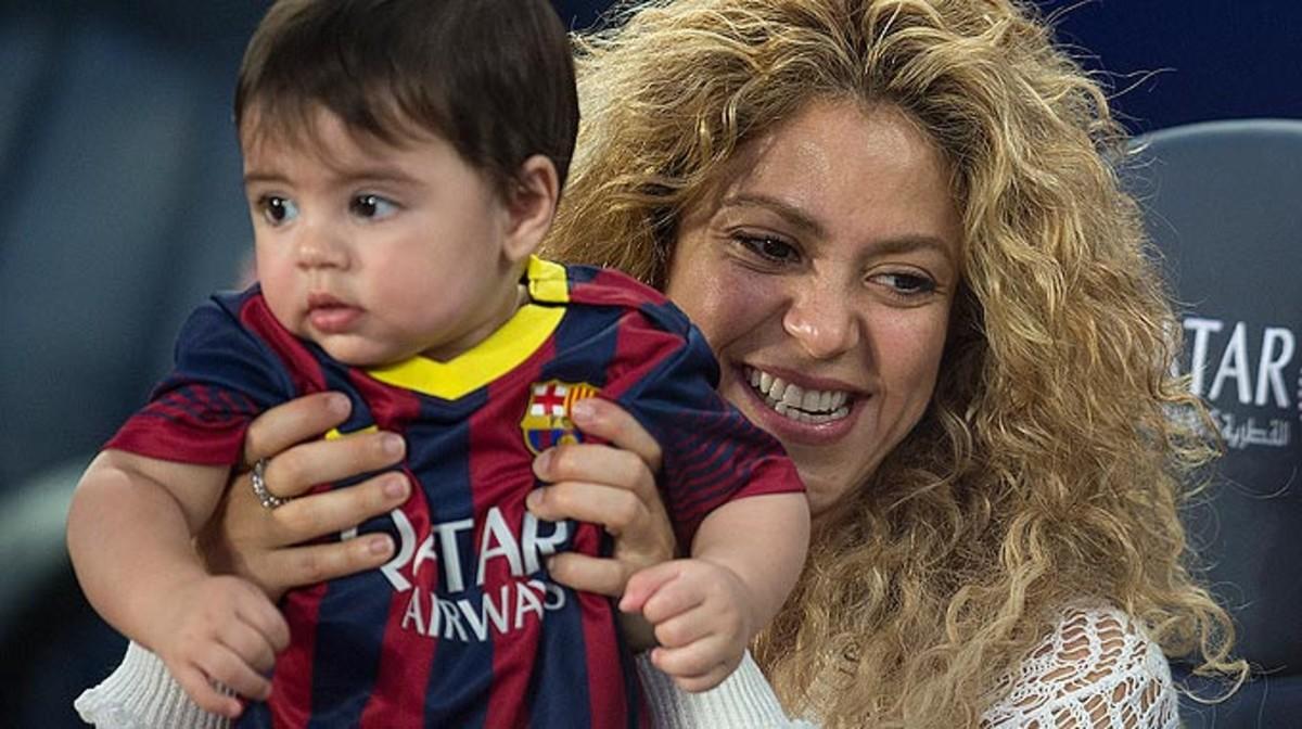 Shakira, con su hijo Milan en el Camp Nou, en una imagen de archivo.