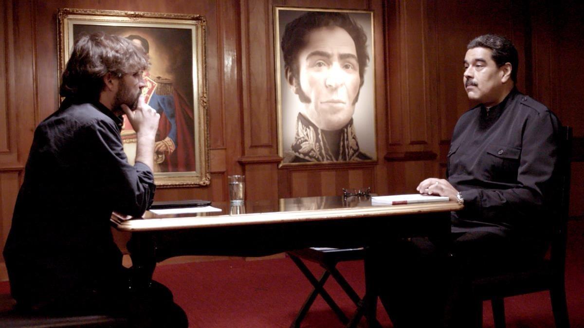 Jordi Évole con Nicolás Maduro, durante la grabación de la entrevista del programa de La Sexta 'Salvados'.