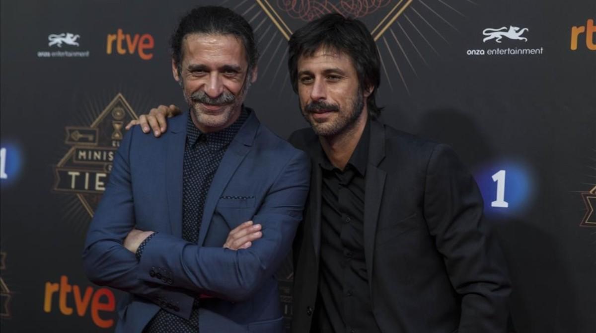 Nacho Fresneda, Alonso en la ficción, y Hugo Silva, Pacino en la serie.
