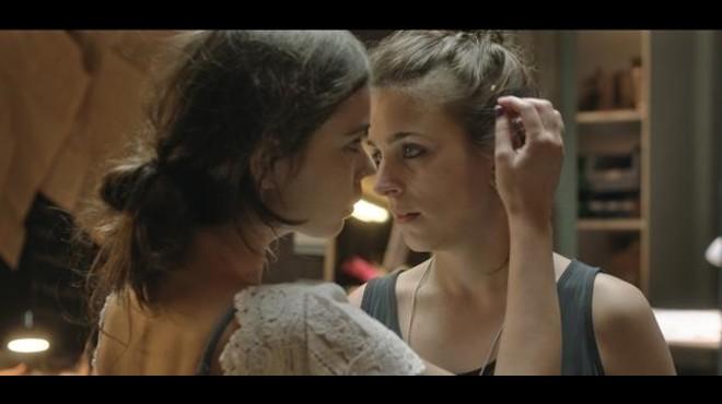 Laia Costa y Nausicaa Bonínn, en 'Cites'.