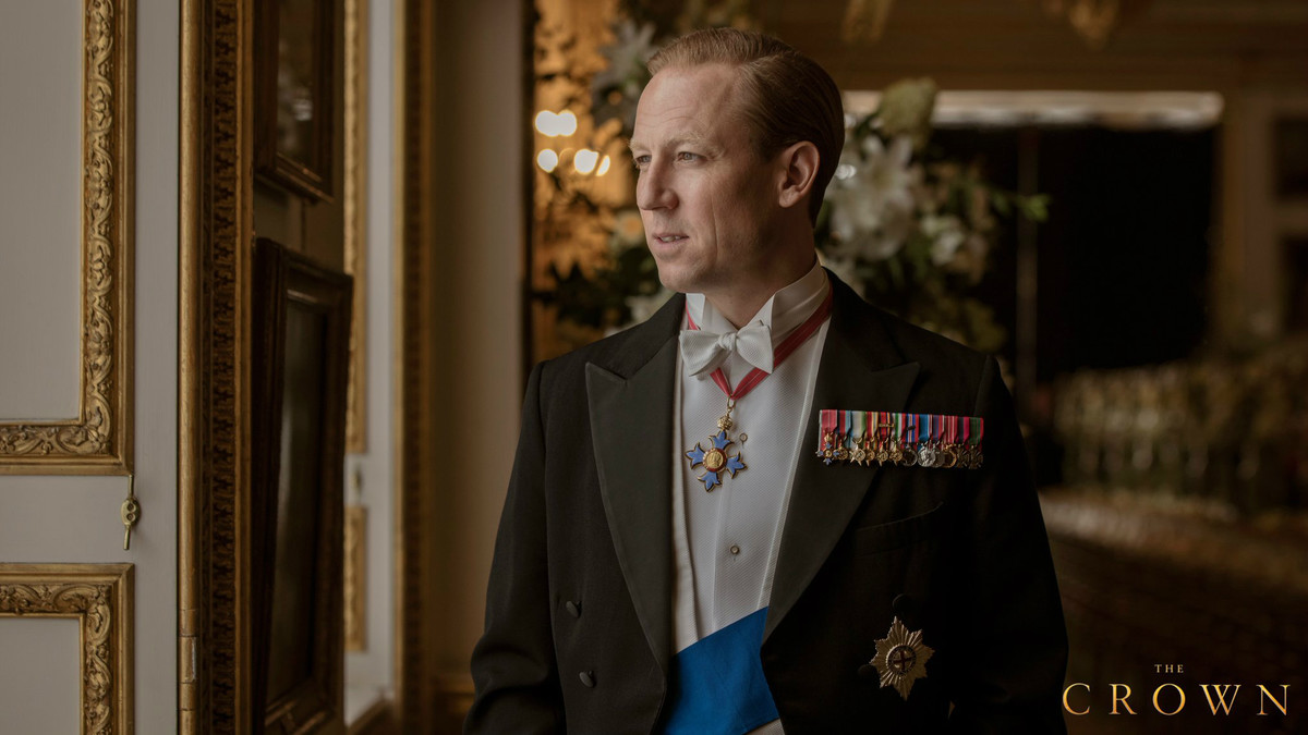 Tobias Menzies encarna al príncipe Felipe, duque de Edimburgo, en The Crown.