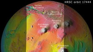 Topografía de la región Tharsis de Marte