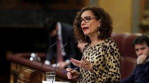 La ministra de Hacienda, María Jesús Montero, en el debate sobre el límite de gasto, este jueves.