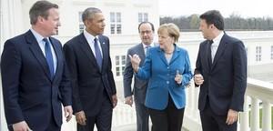 Merkel, junto a Hameron, Obama, Hollande y Renzi, en Hannover.