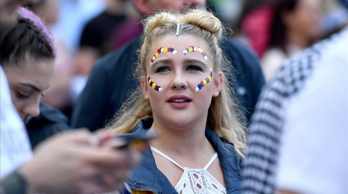 Una adolescente, en el concierto del pasado domingo en Manchester.