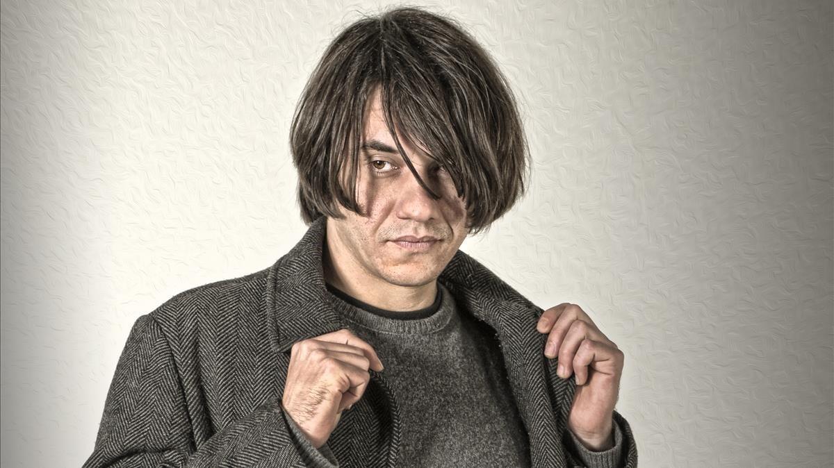 Joan Colomo estrena 'L'oferta i la demanda', su disco más político.