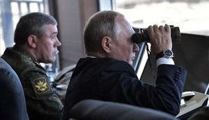 """Rússia amenaça amb """"represàlies"""" per la retirada dels EUA del pacte nuclear"""